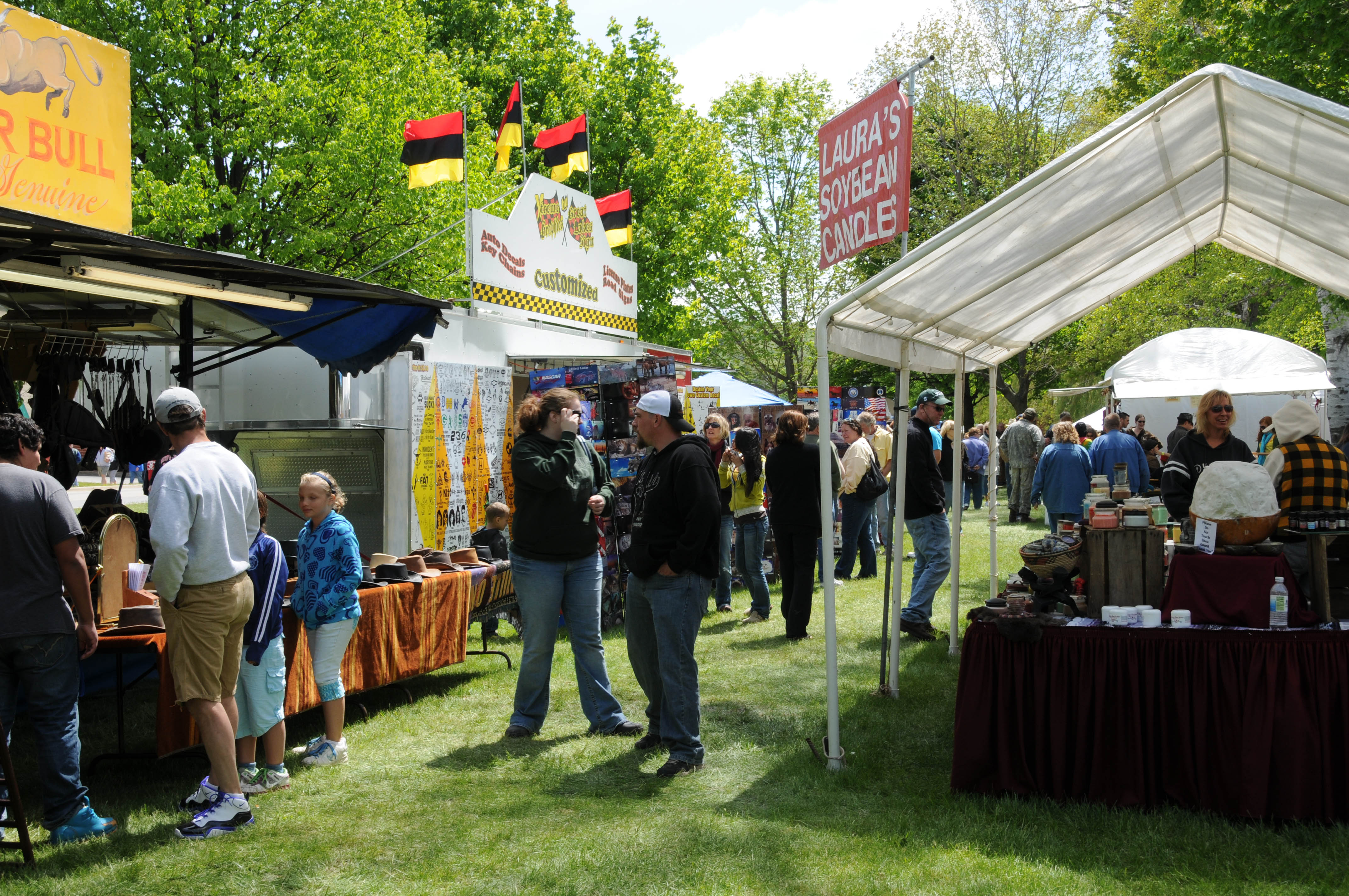 10 best small town festivals in michigan for Craft show in michigan